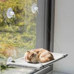 Trixie odpočívadlo k připevnění na okno, velur, 50x30cm, šedá